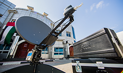 Our fully automated antennas ready to move anytime and anywhere around UAE and the world to broadcast in full HD or SD.